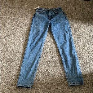 American Apparel: The High-Waist Jean